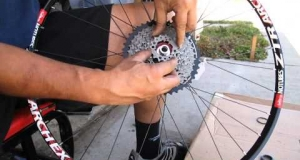Embedded thumbnail for Install Wolf Tooth Components' 42 Tooth Giant Cog