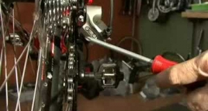 Embedded thumbnail for Simple Shimano XT Rear Derailleur Adjustment