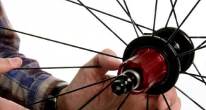 Embedded thumbnail for Review of Zipp 202 Firecrest Clincher Carbon Wheelset
