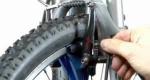 Embedded thumbnail for Replacing Your Mountain or Road Bike Brake Pads: When Do You Have to Do It and How?